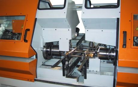 WEEREN Endenbearbeitungsmaschine Typ DH20